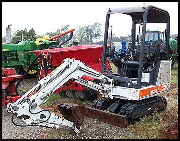 Bobcat 320 Service Manual serial number 223811001 up